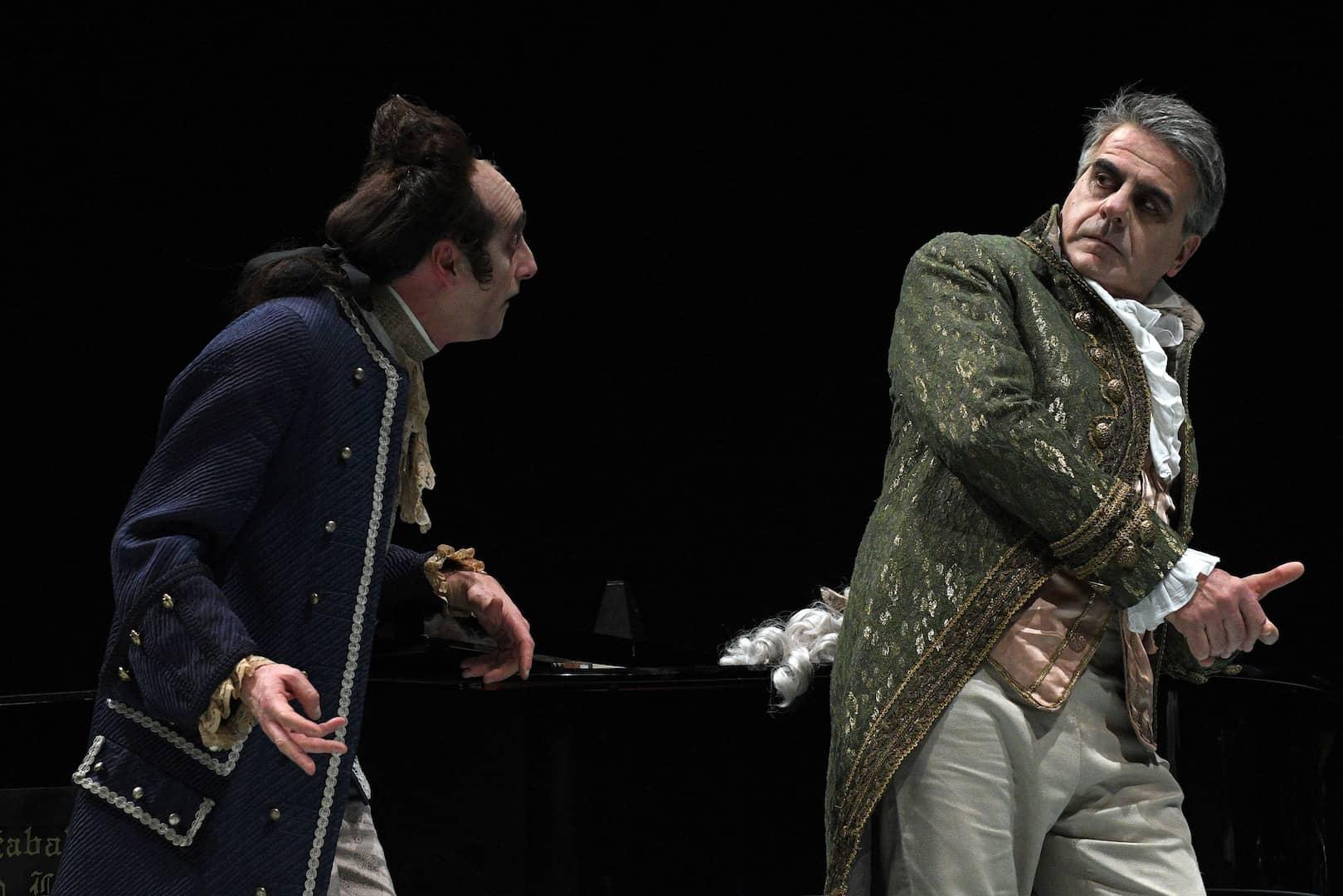 Conversando di teatro - Intrigo e amore