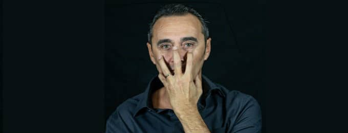 Giuseppe Giacobazzi | Noi - Mille volti e una bugia